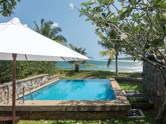 Saman Villas: The private pool at room 29.