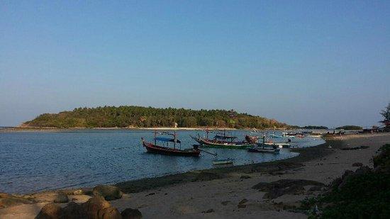 Anantara Lawana Koh Samui Resort : View from hotel