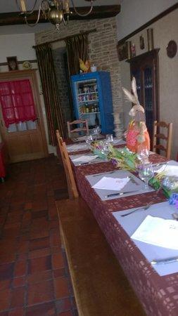 Le Puits Fortifié : Une belle table pour dîner
