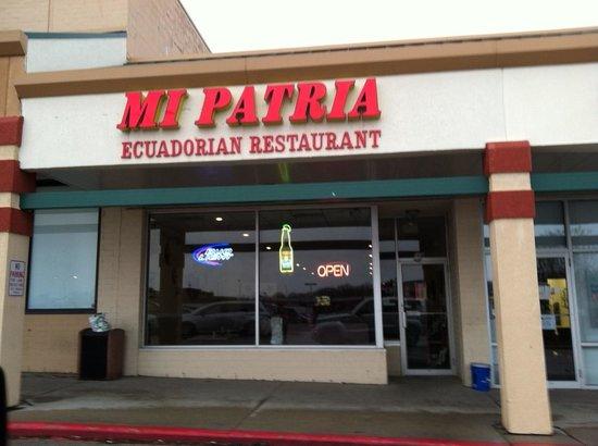 Mi Patria Ecuadorian Restaurant: Storefront