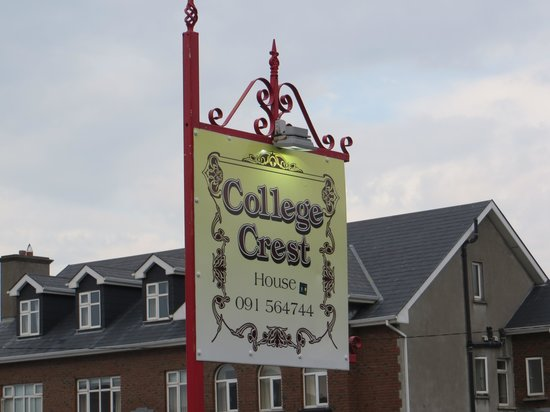 College Crest Guest House : College Crest