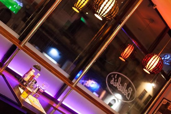 St. Christopher's Inn Edinburgh: Our restaurant and bar has free wifi.