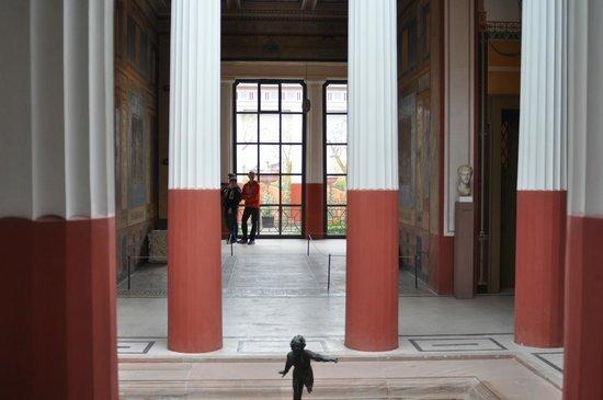 Pompejanum: Atrium