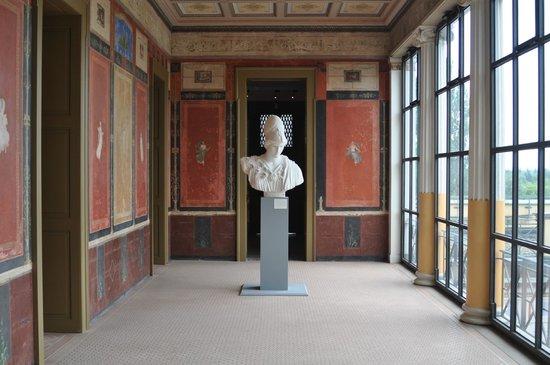 Pompejanum: Skulptur im ersten Stock