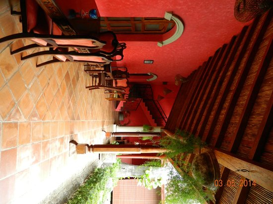Hotel Casa del Consulado: Area where only breakfast is served....no other meals are available