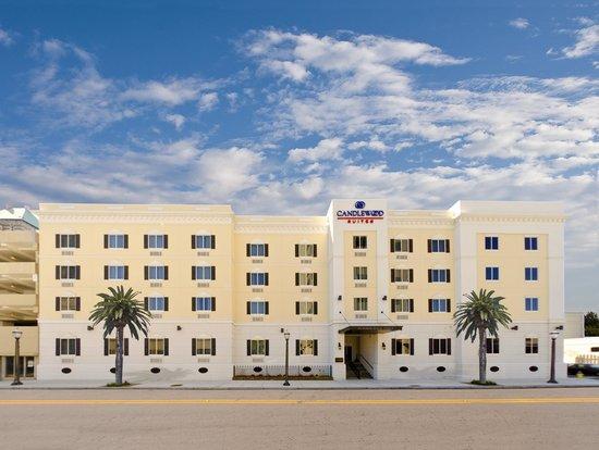 La Quinta Inn Mobile Alabama AL Located In At 816 West I 65 Service Road South USA
