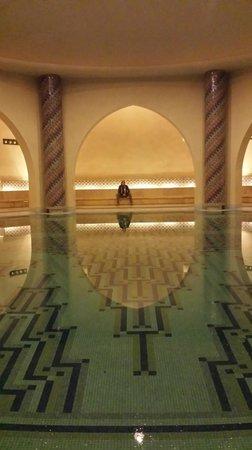 Mosquée Hassan II : Man hamam
