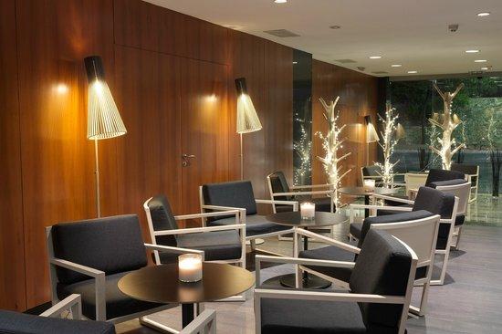 Astari Hotel : Bar