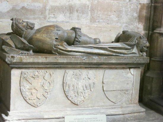 Veitsdom (Chram svatého Víta): Crypt