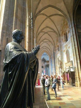 Veitsdom (Chram svatého Víta): Statue