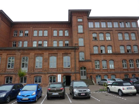 Hamburg Volksschule Hotel