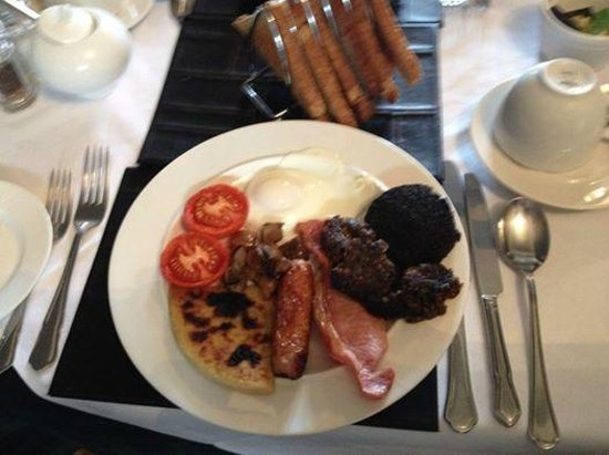 Kilchrenan House: Full Scottish Breakfast