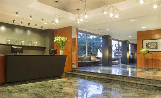 Astari Hotel: Recepcion