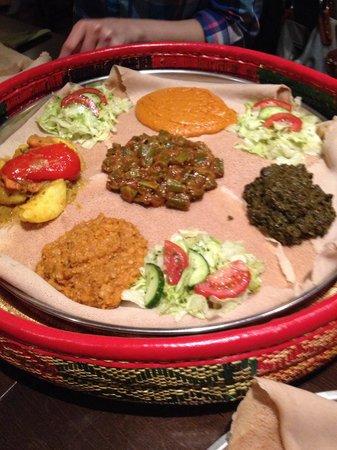 Savanna: gemischte platte vegetarisch, groß