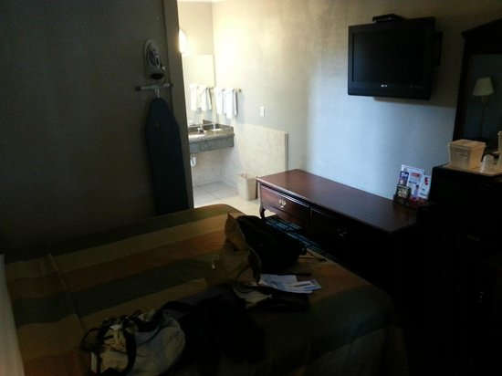 Rodeway Inn Hollywood: Room 209