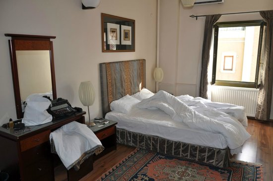Hotel Fehmi Bey: our room