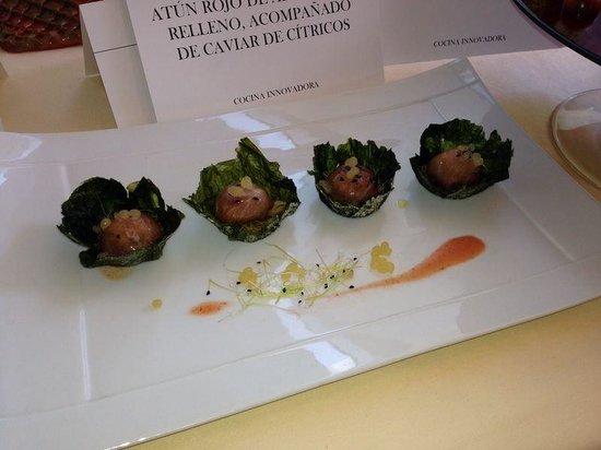 Venta Restaurante Cabo Roche: 2 premio innovacion ruta del atun 14 Conil bombones de atun