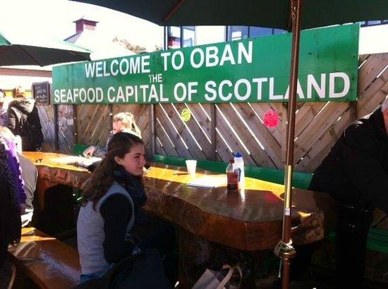 Oban Seafood Hut: Alfresco dining