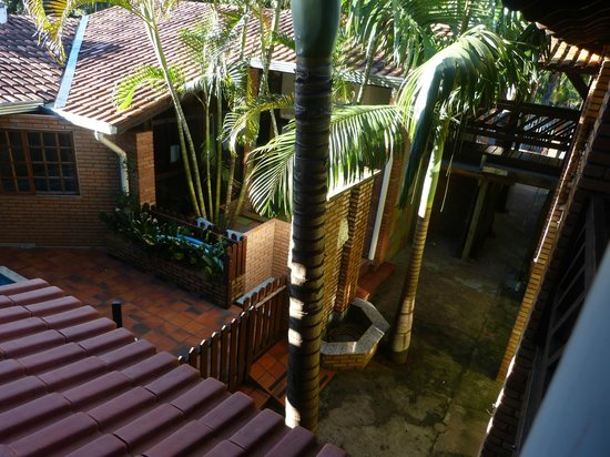 Pousada Do Alemao: View of the interior of the property from the balcony