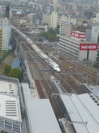 remm Shin Osaka: Approaching Shinkansen as seen from our room