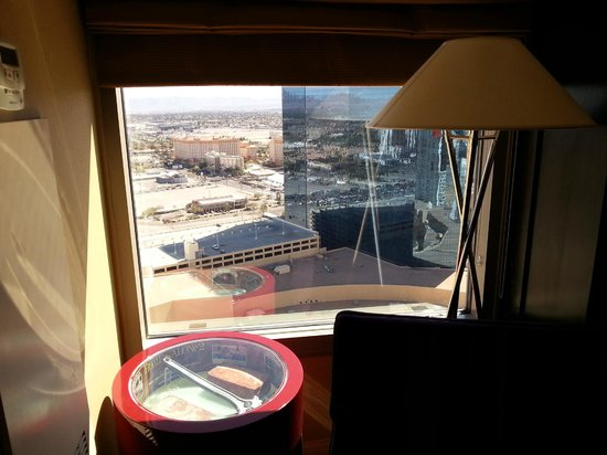 Planet Hollywood Resort & Casino: View from rooom 37