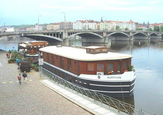 Botel Matylda: Matylda and Klotylda boat hotel