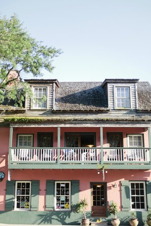 St. George Inn: Streetview of the hotel