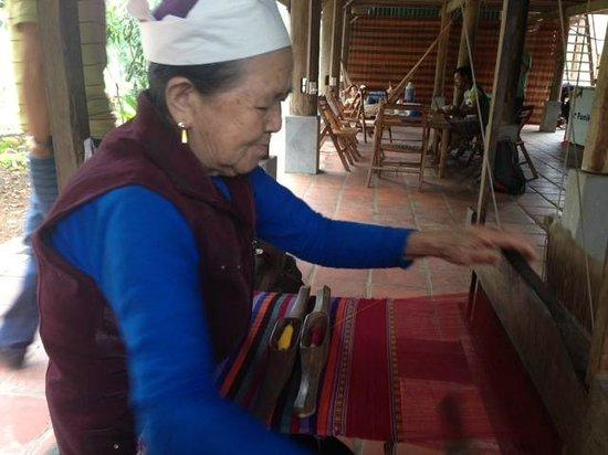 Handspan Travel Day Tour: Mai Chau ethnic Thai weaver