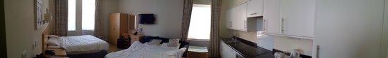Oliver Plaza Hotel: Panoramica della camera