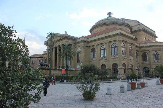 Teatro Massimo: w