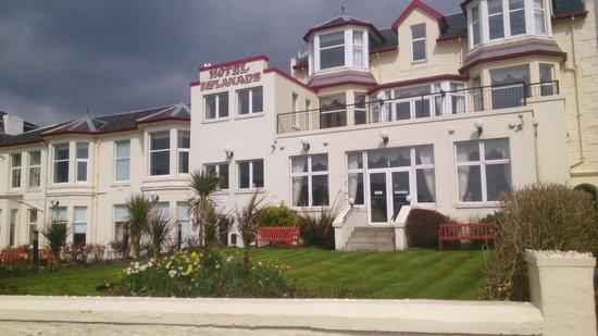 Esplanade Hotel : Hotel frontage