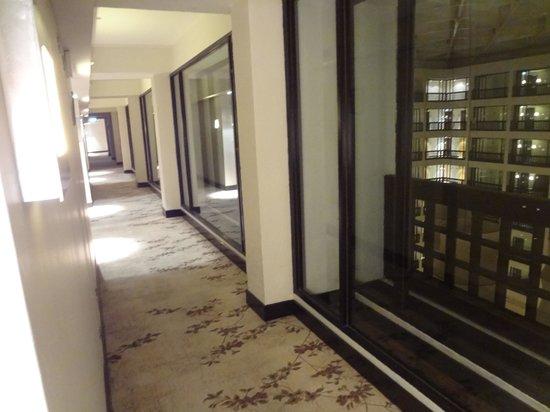 Cinnamon Grand Colombo: Floor