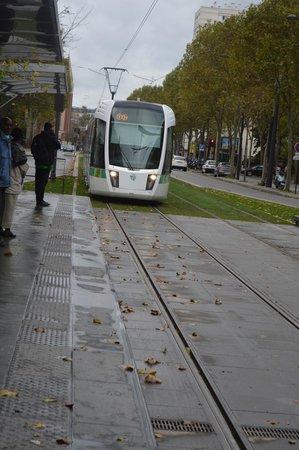 Home MODERNE : Boulevard LeFebvre - Brancion tram stop