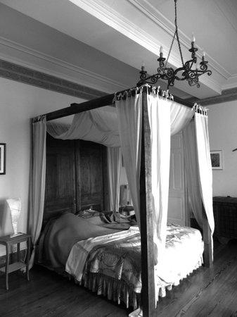 Chateau de Villeneuve: Chambre médiévale