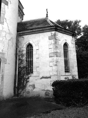 Chateau de Villeneuve: La chapelle