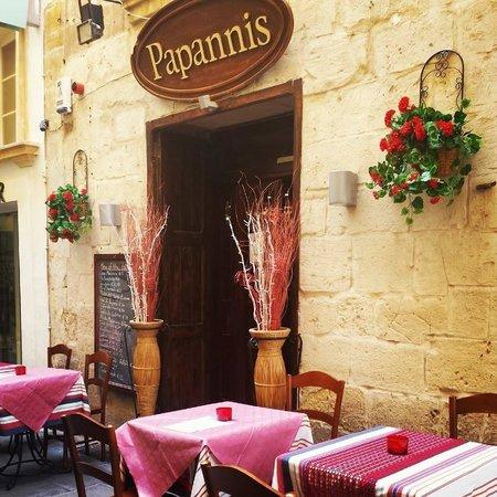 Papannis Italian Restaurant: ingresso