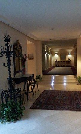 Hotel Duran : Pasillo