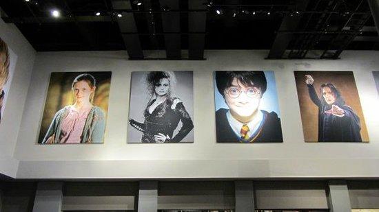 Warner Bros. Studio Tour London - The Making of Harry Potter: Nell'atrio