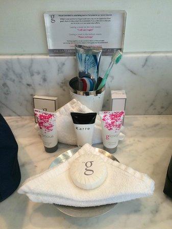 the g Hotel & Spa Galway: Bathroom Amenities