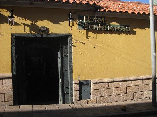Hotel Santa Teresa : The hotel enterance