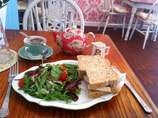 The Little Underbank Tearoom: The food was absolutely delicious and very tasty