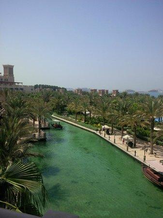Jumeirah Al Qasr at Madinat Jumeirah : view from the room