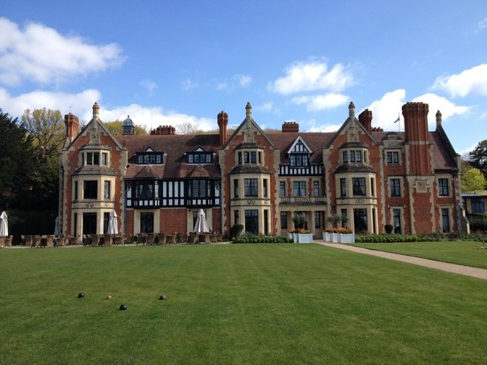 The Wood Norton Hotel: Hotel and garden