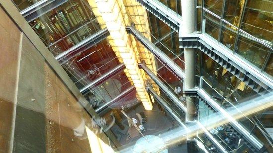 Hotel Urban: Elevator