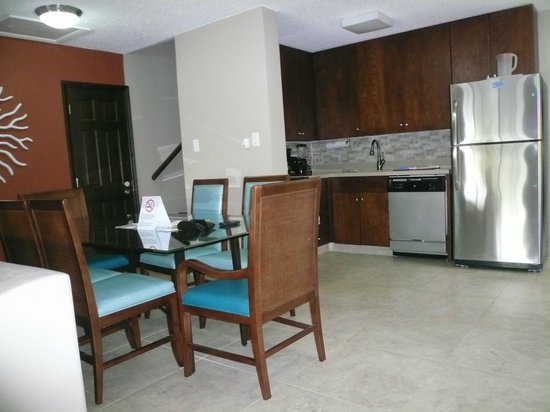 Simpson Bay Resort & Marina: Kitchen / Dining