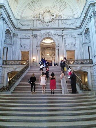 San Francisco City Hall : Scenario perfeito para um casamento!