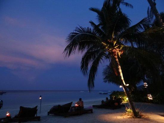 Zeavola Resort : Sunset