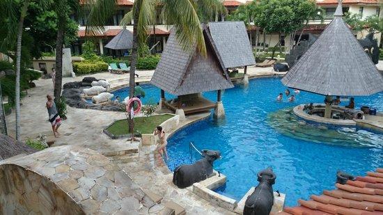 The Tanjung Benoa Beach Resort Bali : Pool view from 1st Floor