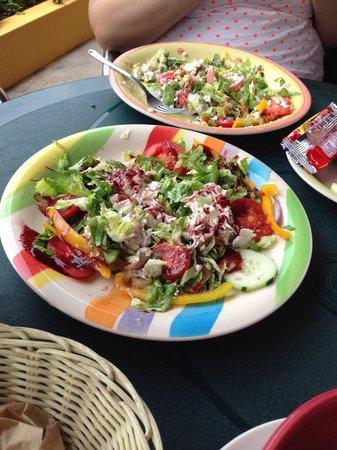 Sugar & Spice Dulces Gourmet: Chicken salad salad