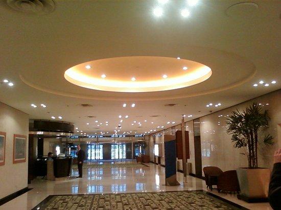 Hilton Buenos Aires: Centro de negocios y eventos muy muy interesante!